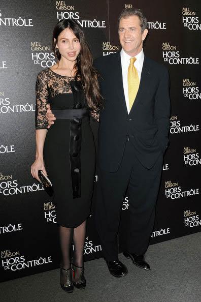 Оксана Григорьева и Мел Гибсон в Париже на премьере фильма Возмездие