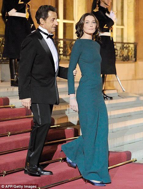 Неужели между Карлой и Николя все кончено? Фото Daily Mail