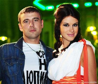 Алексей Адеев и Яна Земит - фото dom2.ru