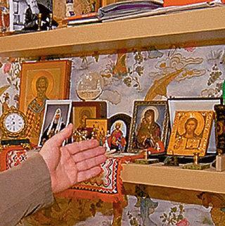 ...подаренные покойным патриархом Алексием II и нынешним - владыкой Кириллом