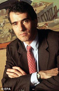 Банкир Эдуар Штерн был возлюбленным Юлии Лемиговой с 1997 по 1999 год
