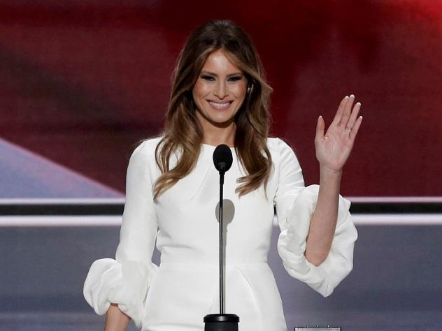 Пластическая хирургия сделает женщин США похожими наМеланию Трамп