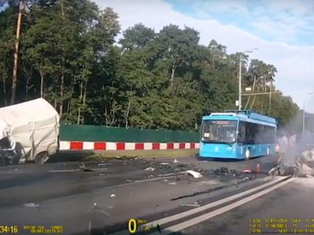 ДТП наВолоколамском шоссе: милиция объявила врозыск одного изучастников трагедии