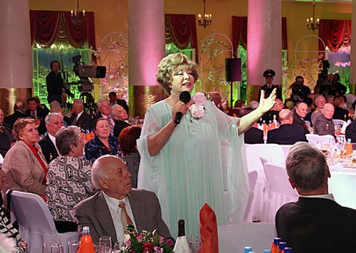Эдита Пьеха поведала оКузбассе ишахтёрской пенсии