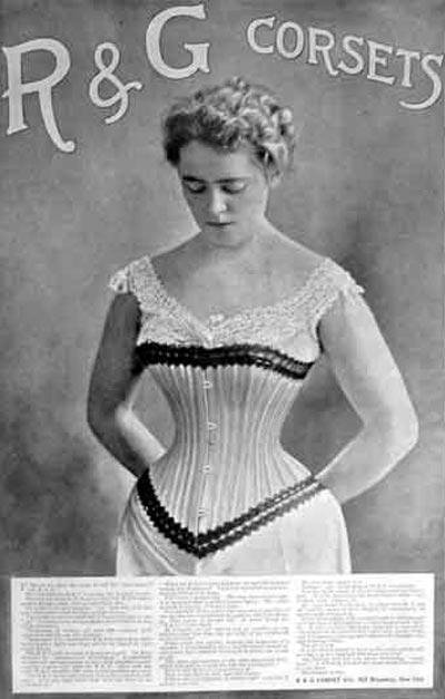 Корсет делал талию осиной, но носить его по несколько часов в день было мучительно. Wikimedia.org