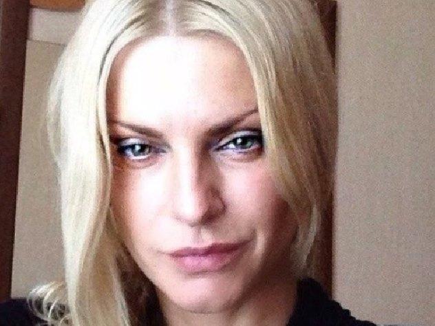 Звезда «Битвы экстрасенсов» призналась, что еебил супруг