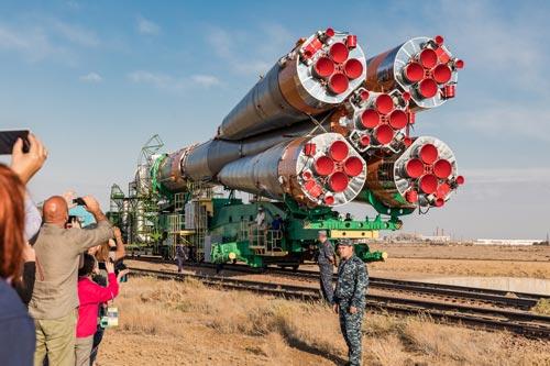 Подготовка к запуску ракеты Союз MS-06, 2017 год. Источник: wikimedia.org