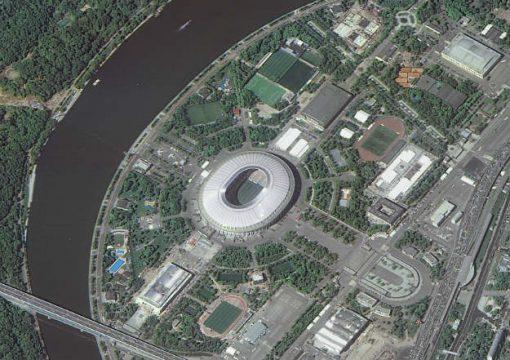 Стадион в Москве, центральная часть Олимпийского комплекса «Лужники», расположенного неподалёку от Воробьёвых гор в Москве. Самый вместительный стадион в России.