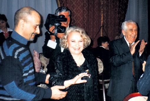 Тамара Миансарова с сыном Андреем и Михаилом Дорном (справа)