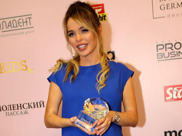Беременная Анна Хилькевич сразила наповал на премии Оксаны Фёдоровой «МАМА года»