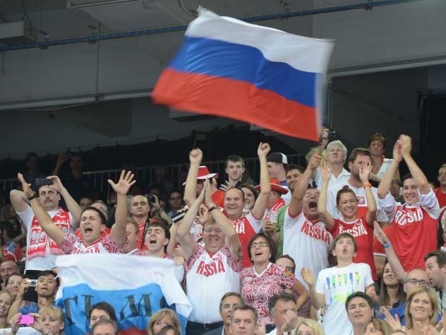 Казанские болельщики перекричали гром во время матча Россия — Испания