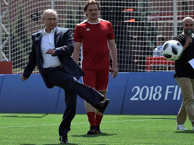 Путин позвонил королю Испании после победы сборной России
