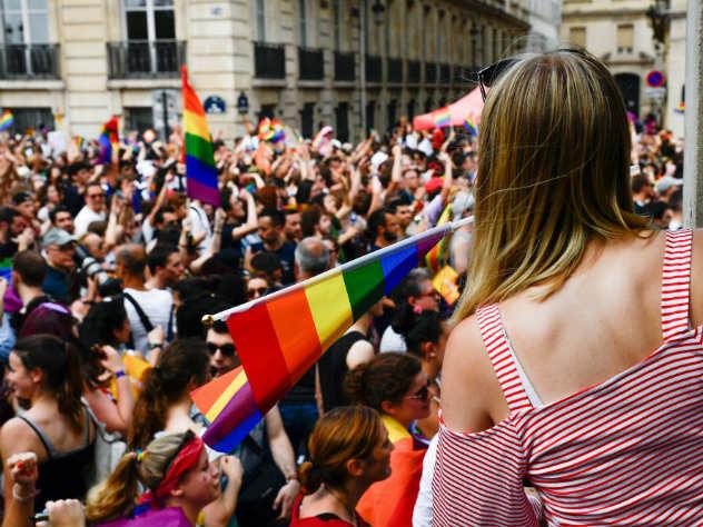 2% населения Британии являются открытыми представителями секс-меньшинств