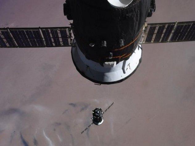 россия может создать окололунную станцию из модулей мкс