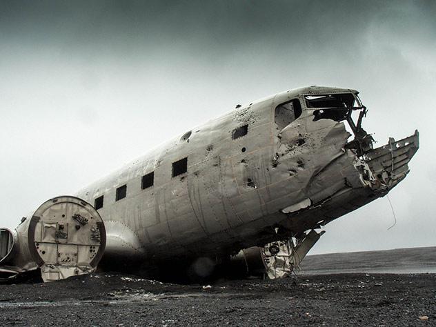Потерпевший крушение авиалайнер