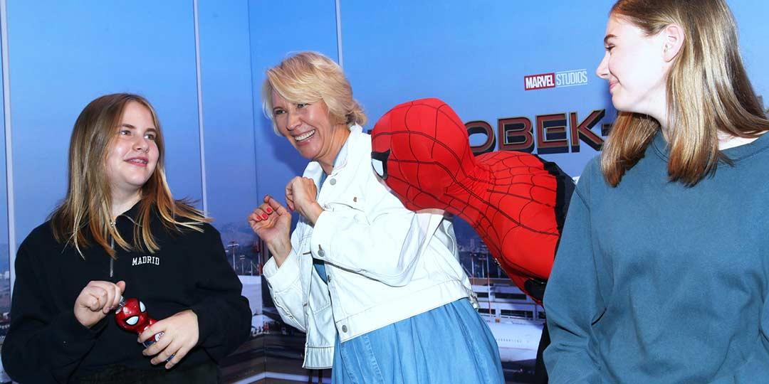Татьяна Лазарева с дочками посмотрели нового «Человека-паука»