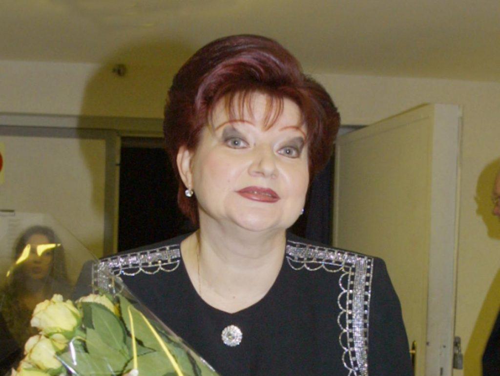 Степаненко высказалась о свадьбе Петросяна с молодой помощницей