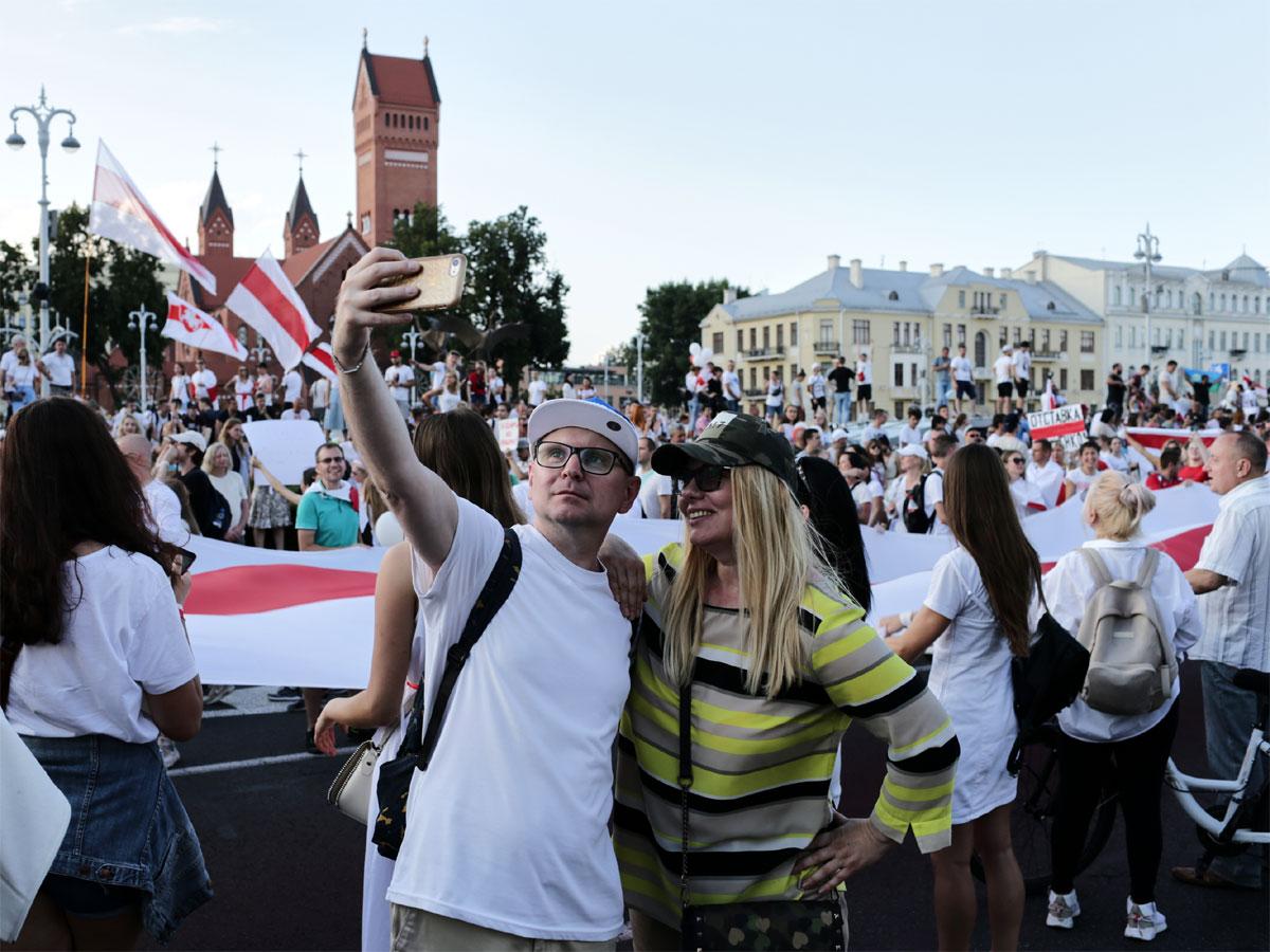 От забастовки белорусам остался всего один шаг до безработицы