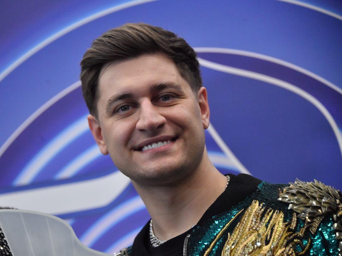 Известный певец рассказал, как Дава оприходовал Бузову и Киркорова