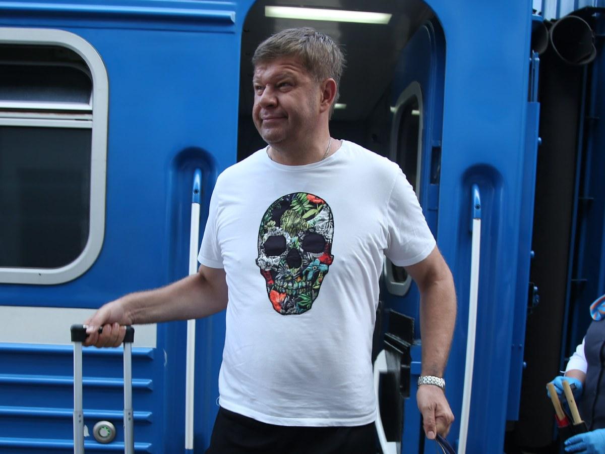 «Вы еще и лгунья»: Губерниев снова набросился на Бузову